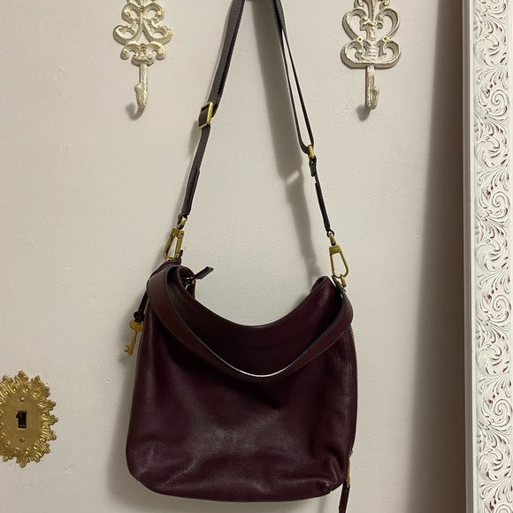 A fossil MAYA HOBO bag in perfect condition!